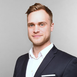 Benedikt Weigert, Consultant